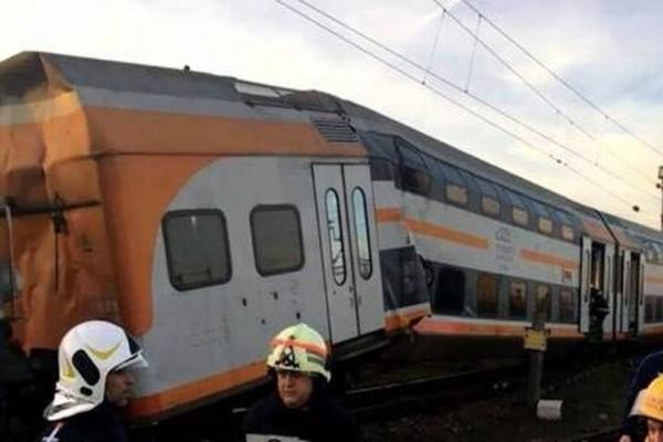 Συναγερμός στη Ρουμανία: Συγκρούστηκαν τρένα! 10 τραυματίες! (Video)