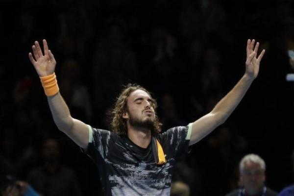 Στέφανος Τσιτσιπάς: Για τρίτη φοράει νίκησε τον Τζόκοβιτς και πέρασε στον τελικό του Άμπου Ντάμπι!