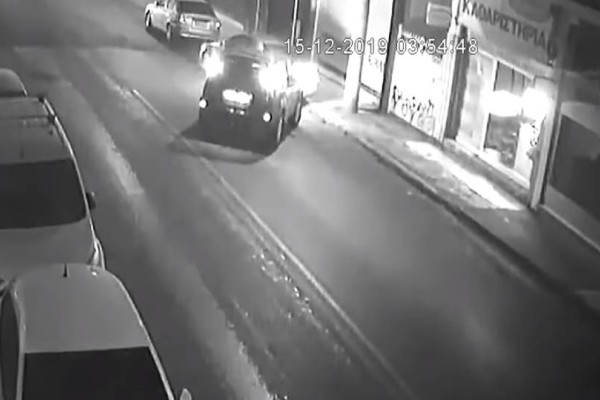 Περιστέρι: Μεθυσμένος οδηγός πέφτει πάνω σε παρκαρισμένο ΙΧ και φεύγει! Κοινοποίηστε το (video)