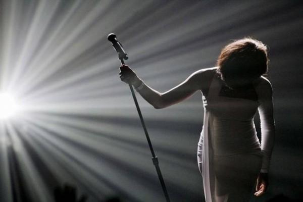 Θλίψη για αγαπημένη Ελληνίδα τραγουδίστρια: Πάσχει από φυματίωση!