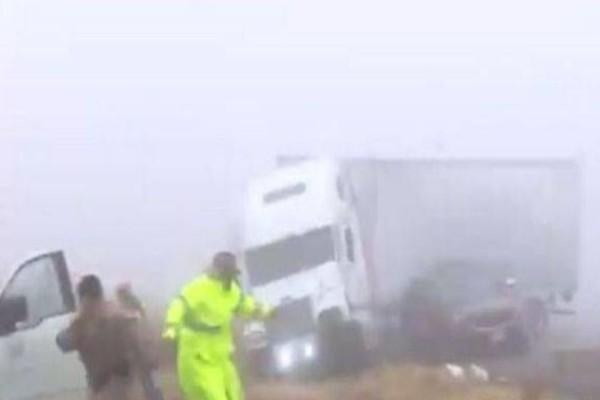 Σοκαριστικό τροχαίο στο Τέξας σε ζωντανή μετάδοση! (Video)