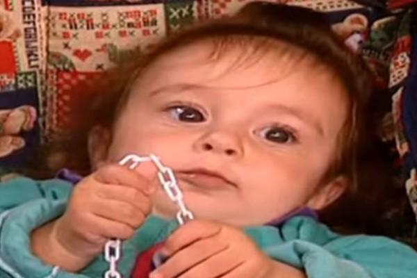 Τέλος στο μεγάλο ψέμα του Κωνσταντίνου και Ελένης: Καμία κόρη της Ράντου! Αυτή η κούκλα 22χρονη ήταν το Χρυσάνθεμο!