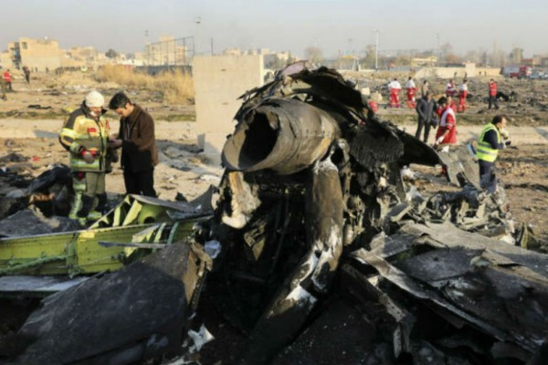 Εξελίξεις που σοκάρουν στην υπόθεση συντριβής του αεροσκάφους στο Ιράν! Εξετάζεται το ενδεχόμενο ανθρωποκτονίας!