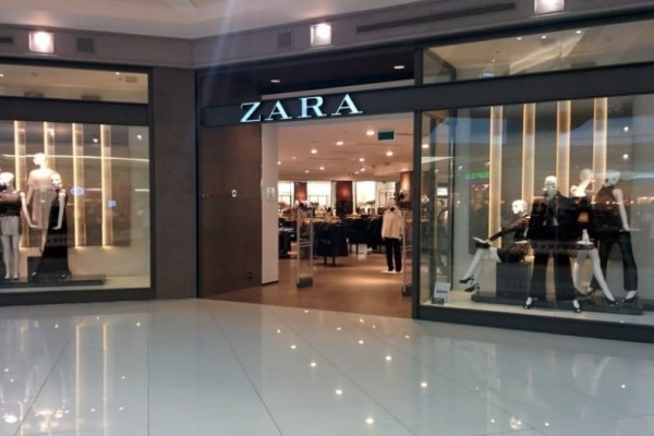 ZARA: Το πιο ζεστό πλεκτό με το print που είναι τάση φέτος έχει έκπτωση 40% και κοστίζει πλέον 16 ευρώ!