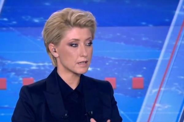 Σία Κοσιώνη: Έκατσε πλάι στην πιο μισητή γυναίκα! Δεν φαντάζεστε!
