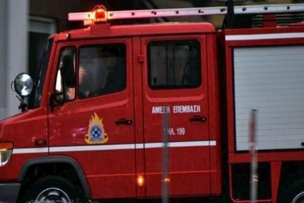 Χάος στον Κηφισό: Φωτιά σε φορτηγάκι!