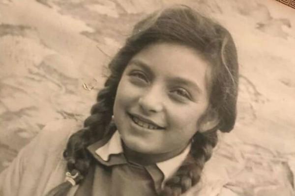 Δεν θα πιστεύετε στα μάτια σας όταν καταλάβετε ποιο είναι το κοριτσάκι της φωτογραφίας!