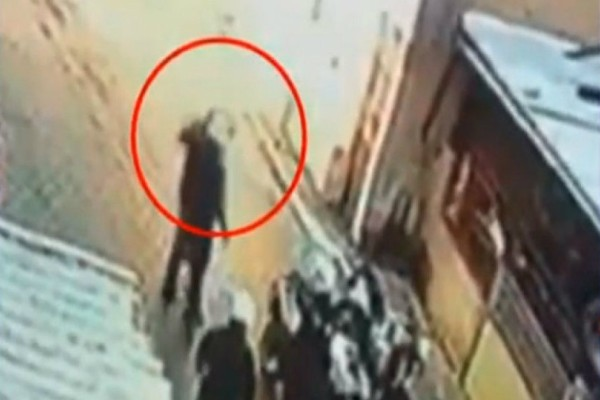 Συνεχίζει να προκαλεί ο αστυνομικός που χαστούκισε τον 11χρονο! «Με έβρισε, εκνευρίστηκα και τον χαστούκισα»!