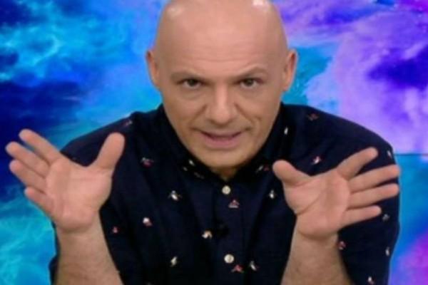 Νίκος Μουτσινάς: Βιώνει την απόλυτη ευτυχία! Την έριξε στα πατώματα!