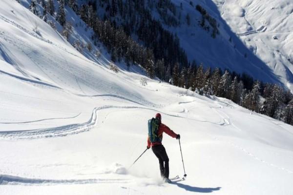 Θρήνος: Αθλητής πέθανε από ανακοπή ενώ έκανε σκι! (photo)