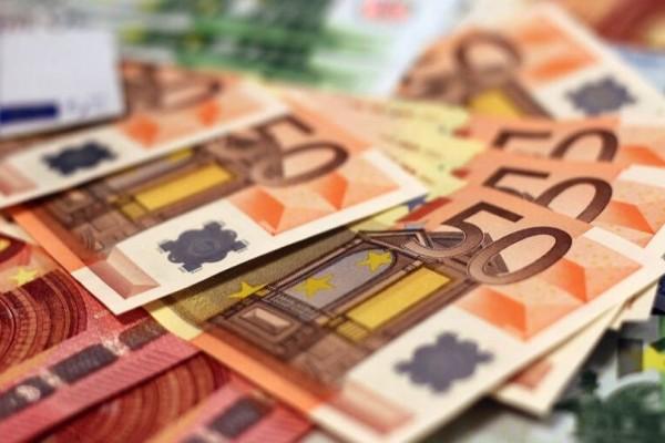 Αυξήσεις στις συντάξεις: Πότε και ποιοι θα πάρουν έως και 181 ευρώ το μήνα;