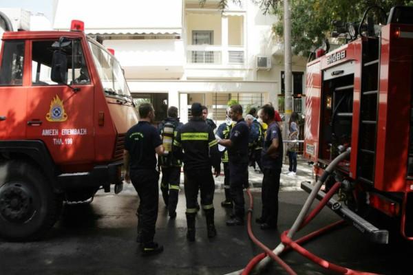 Χαμός με φωτιά σε διαμέρισμα της Θεσσαλονίκης! Εγκλωβίστηκαν δύο γυναίκες!