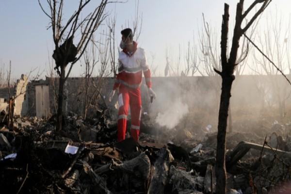 Συντριβή Boeing 737: Νέο αποκαλυπτικό στοιχείο! Το αεροσκάφος είχε τυλιχθεί στις φλόγες από πρίν!