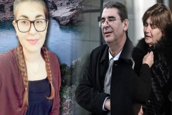 «Τους εγκληματικούς εφιάλτες, τους έκαναν εφιάλτη στο δικό μας παιδί»: Ξεσπούν οι γονείς της Ελένης Τοπαλούδη! (Video)