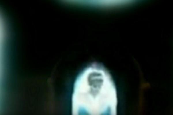 Πριγκίπισσα Νταϊάνα: Εμφανίστηκε σε παράθυρο εκκλησίας... Το βίντεο σοκάρει!