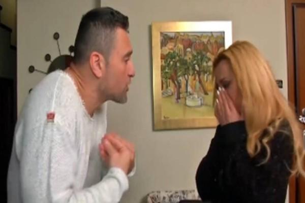 Διλήμματα: Η Ελισάβετ παραμελούσε τον άντρα της για τη δουλειά και εκείνος τα έμπλεξε με την αδερφή του κολλητού του