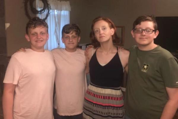 16χρονος έσφαξε την μητέρα του και τα αδέρφια του! (photos-video)