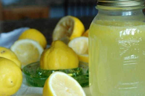 Λεμόνι το θαυματουργό: Έπινε κάθε μέρα λεμόνι με αυτό το συστατικό και άλλαξε η ζωή του!