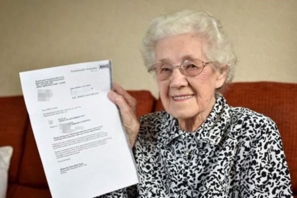 Ανακοίνωσαν σε αυτή τη γιαγιά λίγο πριν γίνει 100 χρονών ότι...Δεν πίστευε στα αυτιά της!