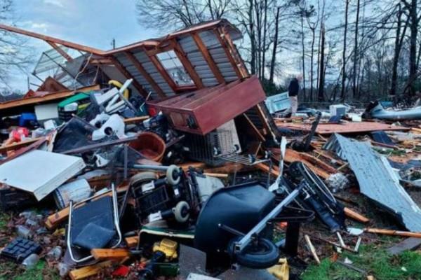 Τραγωδία στις ΗΠΑ: 10 νεκροί από την φονική κακοκαιρία!