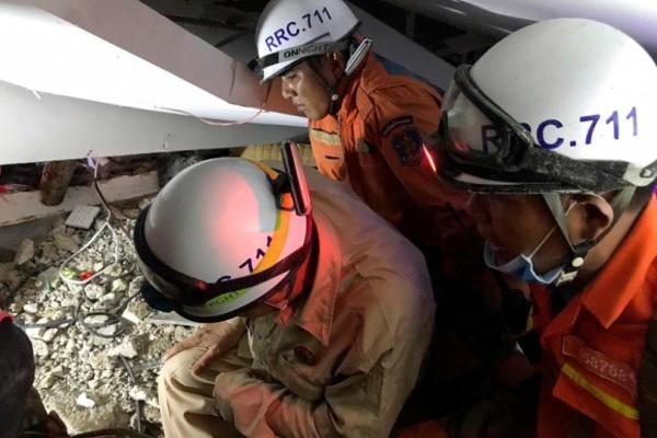 Τραγωδία στην Καπότζη: Κατέρρευσε οικοδομή!