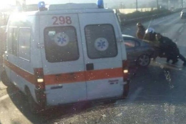 Σφοδρό τροχαίο στη Θεσσαλονίκη: Καραμπόλα πέντε αυτοκινήτων!
