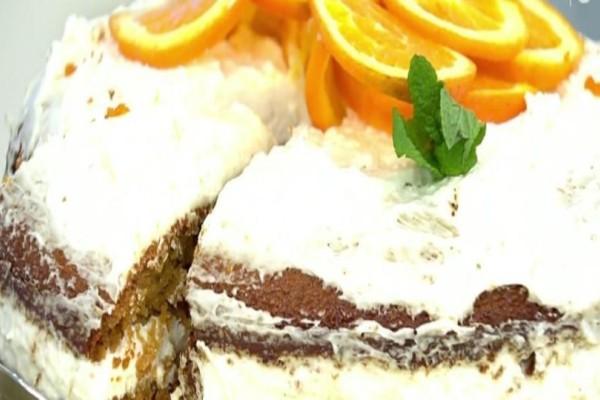 Πεντανόστιμο κέικ βρώμης με πορτοκάλι και κρέμα! (Video)