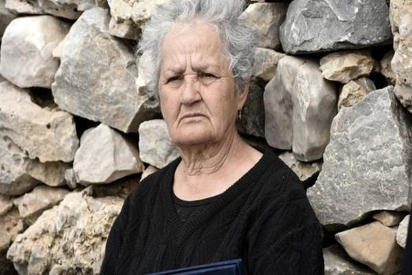 Κίναρος: Εντοπίστηκε η κυρά Ρηνιώ Κατσοτούρχη! Αρνείται να εγκαταλείψει το νησί!