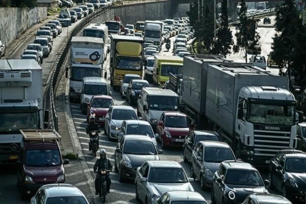 Χάος στον Κηφισό: Αυξημένη κίνηση λόγω έργων! (photo)