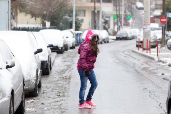 Καιρός: Χαλάει με έντονες βροχές και χιονοπτώσεις τις επόμενες ώρες!