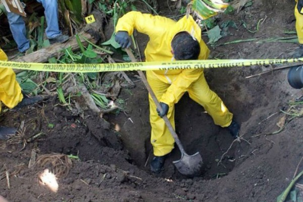 Φρίκη στο Μεξικό: Βρέθηκαν 29 πτώματα θαμμένα σε ομαδικό τάφο!