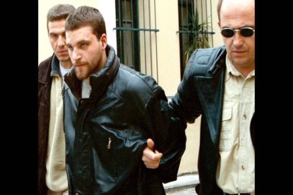 Νέα ποινή για τον Πάσσαρη! Τιμωρήθηκε με 4 φορές ισόβια και 49 χρόνια κάθειρξη! (video)
