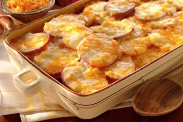 Πατάτες φούρνου… αλλιώτικες -  Η πιο νόστιμη συνταγή!