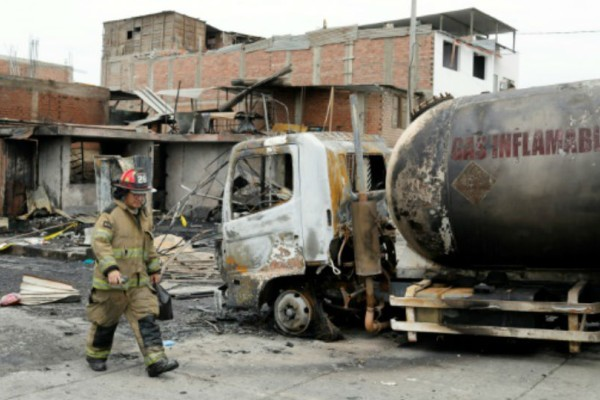 Συναγερμός στο Περού: Αυξάνεται ο αριθμός των νεκρών από την έκρηξη βυτιοφόρου!
