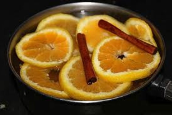 Ζέστανε χυμό πορτοκαλιού με κανέλα και πρόσθεσε λίγο λεμόνι...'Εδωσε τέλος σε αυτό το πρόβλημα!