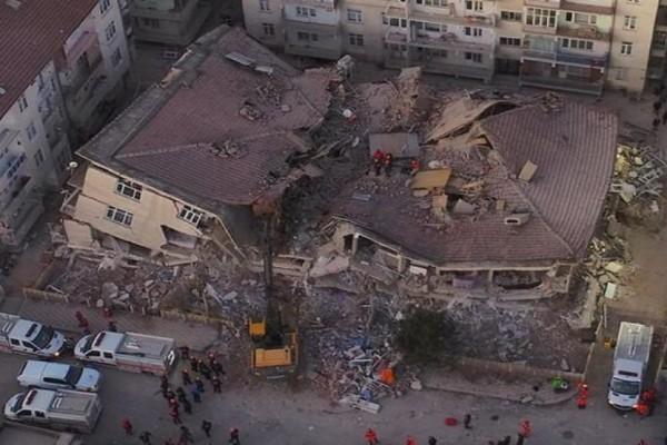Προειδοποιήσεις για νέο σεισμό στη Τουρκία, ακόμη και 7 Ρίχτερ! (photo)