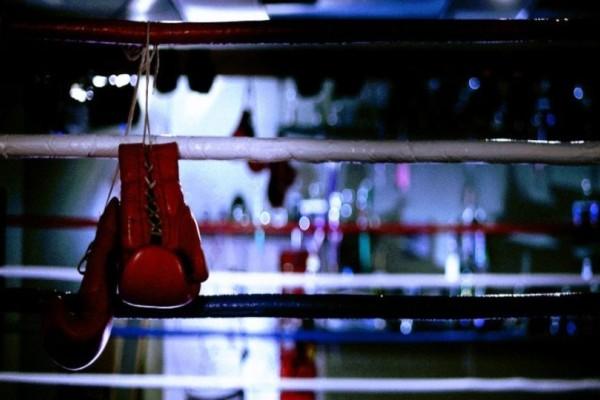 Θρήνος στο χώρου του αθλητισμού: Πέθανε πυγμάχος από τα χτυπήματα του αδερφού του! (photo)