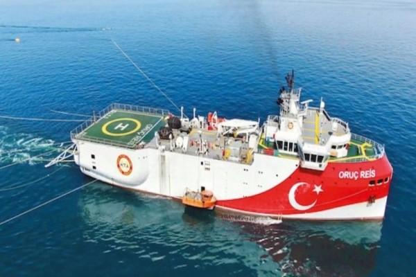 Συναγερμός στο Πολεμικό Ναυτικό: Τουρκικό ερευνητικό σκάφος εντός της ελληνικής υφαλοκρηπίδας! (Video)