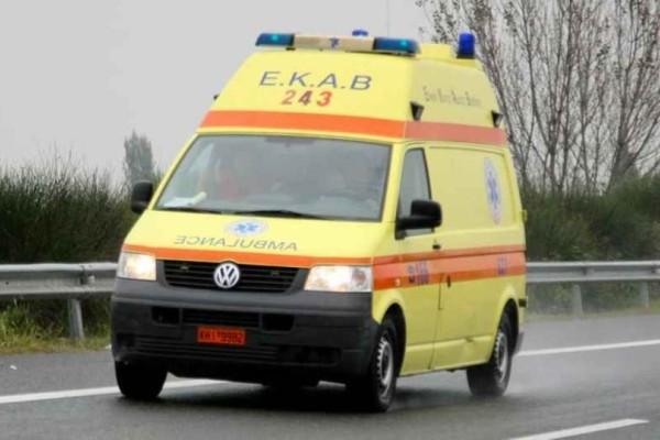 Συναγερμός στη Κρήτη: Αυτοκίνητο έπεσε σε βράχια! Εγκλωβίστηκε ο οδηγός!
