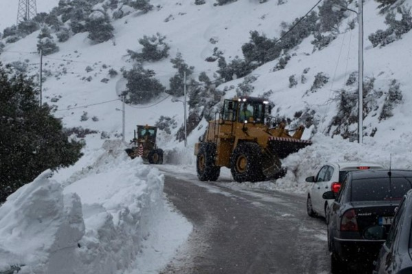 Χειμωνιάτικος καιρός: Στα λευκά και σήμερα η Αττική! Αναλυτική πρόγνωση!