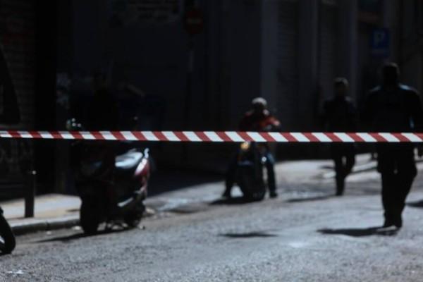 Επιχείρηση της Αστυνομίας στο σημείο του φονικού στο κέντρο της Αθήνας! Ψάχνουν το δολοφόνο του Αφγανού! (video)