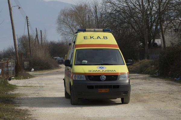 13χρονος μαθητής παρασύρθηκε από αγροτικό! Σοκ στην Εύβοια!