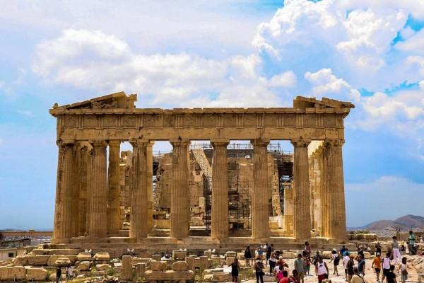 Ξενάγηση στον Ιερό Βράχο της Ακρόπολης!