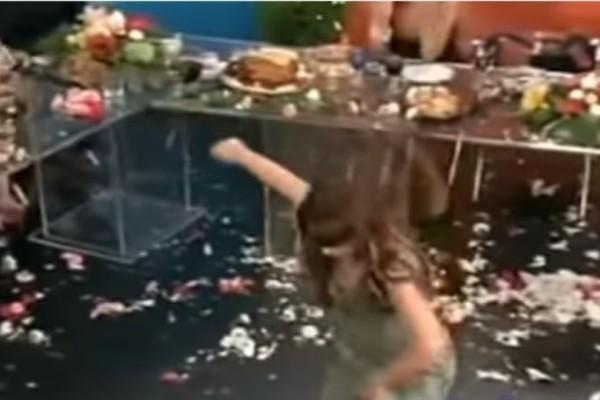 Το ζεϊμπέκικο θρυλικής τραγουδίστριας πάνω στο τσακίρ κέφι με τα 198.842 views!