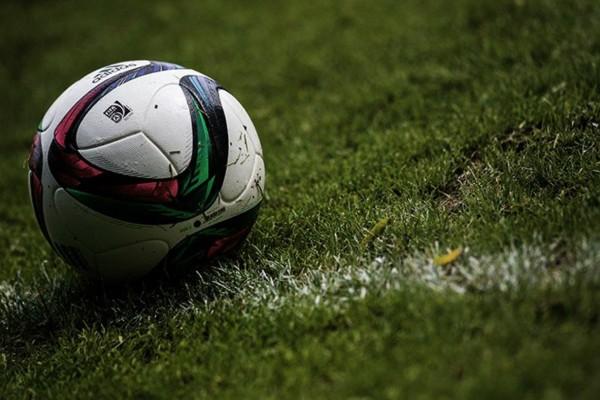 Σοκ! Πασίγνωστος ποδοσφαιριστής έπεσε θύμα εκβιασμού!