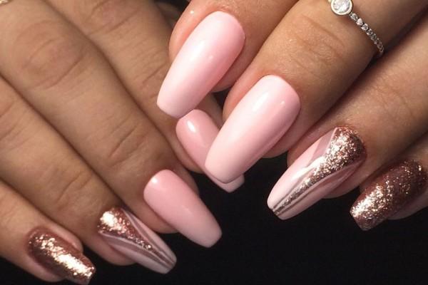 Ballerina ή αλλιώς coffin nails: Η απόλυτη τάση του 2020 για τα νύχια σας!