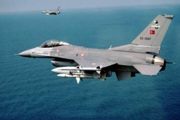 Συναγερμός στο Αιγαίο! Νέες υπερπτήσεις τουρκικών μαχητικών!
