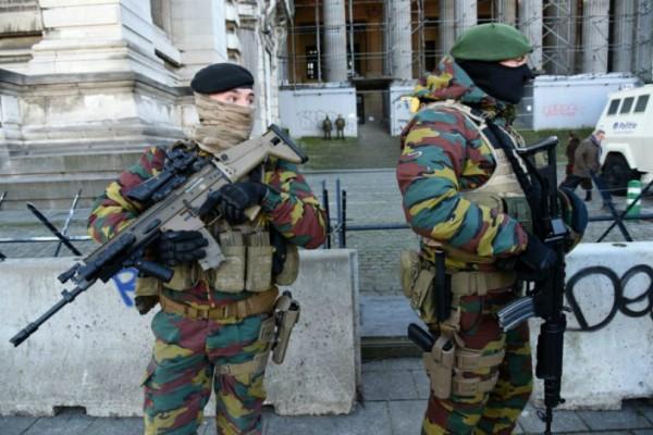 Καρέ-καρέ η επιχείρηση της Αστυνομίας στην επίθεση με μαχαίρι στο Βέλγιο! (video)