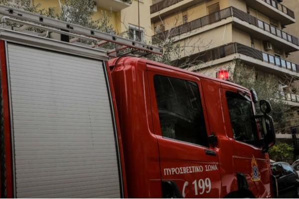 Φωτιά σε αποθήκη στη Θεσσαλονίκη!
