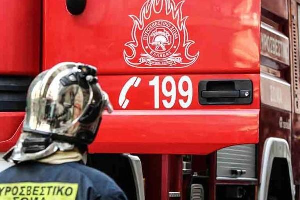 Συναγερμός στο Φάληρο: Ισχυρή φωτιά σε διαμέρισμα!
